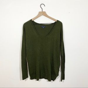 American Eagle Hunter Green V Neck Sweater Size S